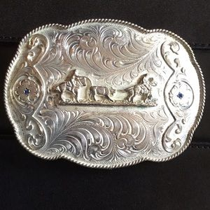 Accessories - Silver belt buckle